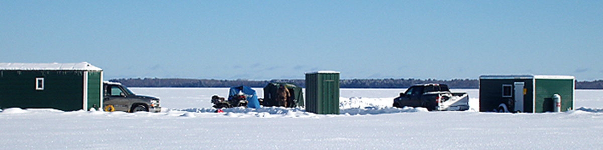 Ice_Fishing_On_the_ice